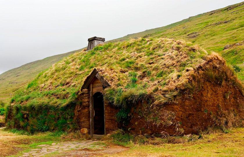 Recreación de una pequeña granja vikinga
