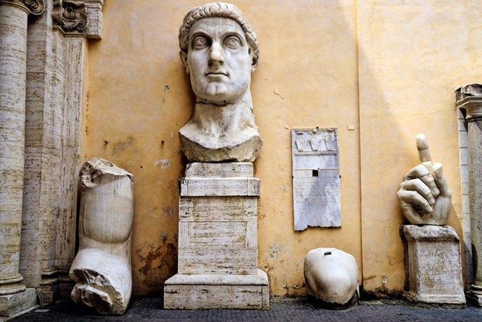 Impresionante escultura de Constantino el Grande