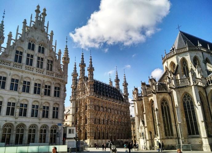 Lovaina (Paises Bajos españoles) última gran ciudad antes de llegar a Bruxelas.