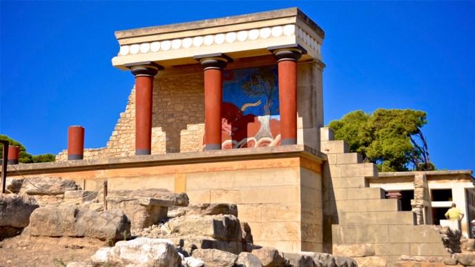 El Palacio de Cnosos y la polémica reconstrucción de Evans