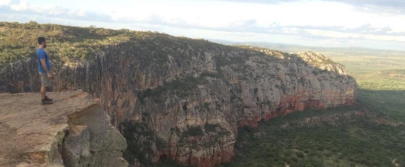 imagem-de-rocha-enorme