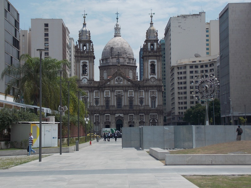 igreja da candelaria - Museu do Amanhã e centro do Rio de janeiro. Lindo.