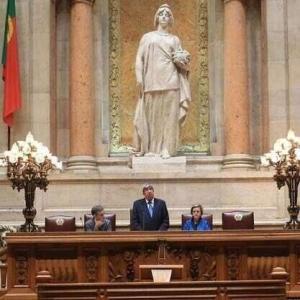 Sua Excelência OPresidente da Assembleia da República