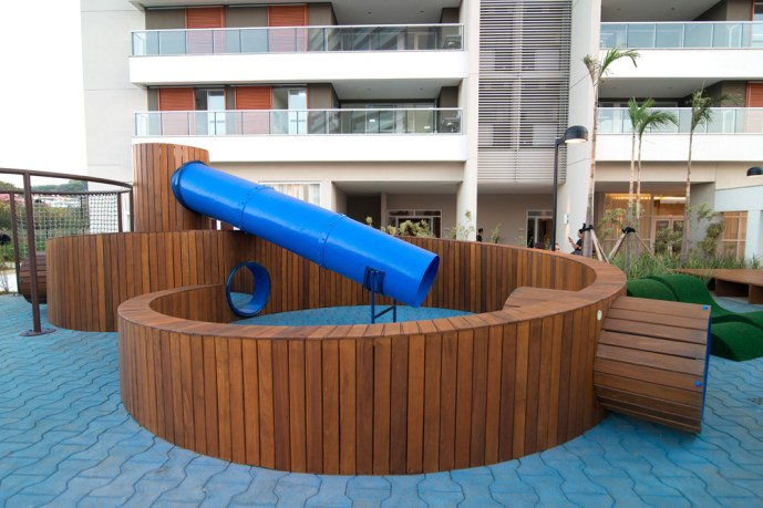 Vanguarda - Foto do playground