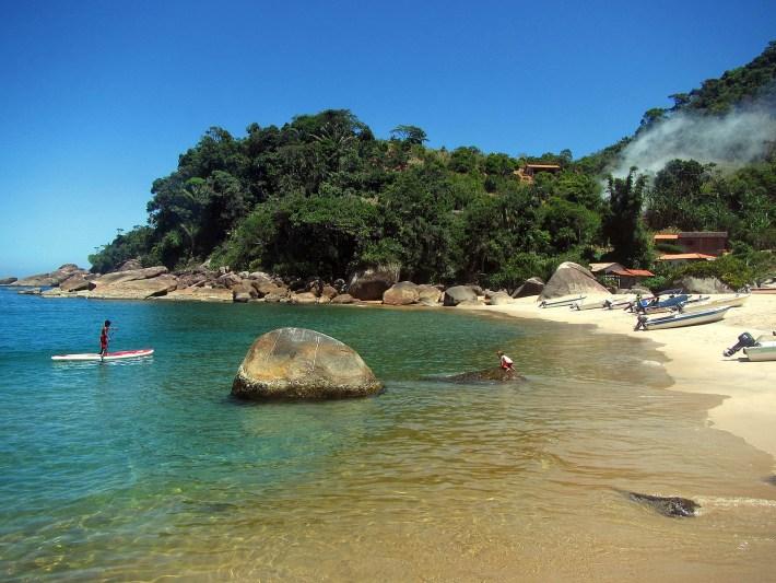 Praia da Ponta Negra em Paraty - RJ