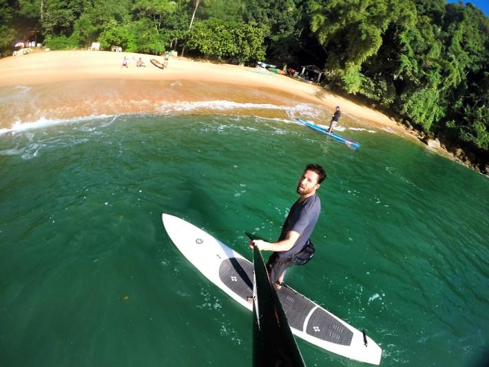 Chegando na Praia do Cedro com a prancha do Mar