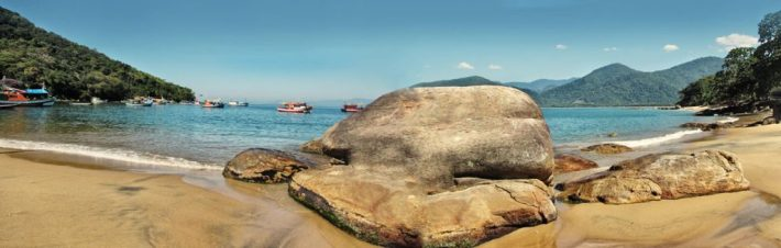 praia de picinguaba, em ubatuba brazil