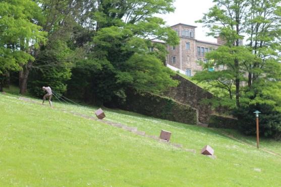 Public garden just in front of Seminario Menor