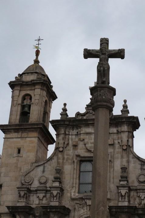 Marqués de San Martín square and Church of Saint George