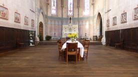 ... im Kirchenschiff.