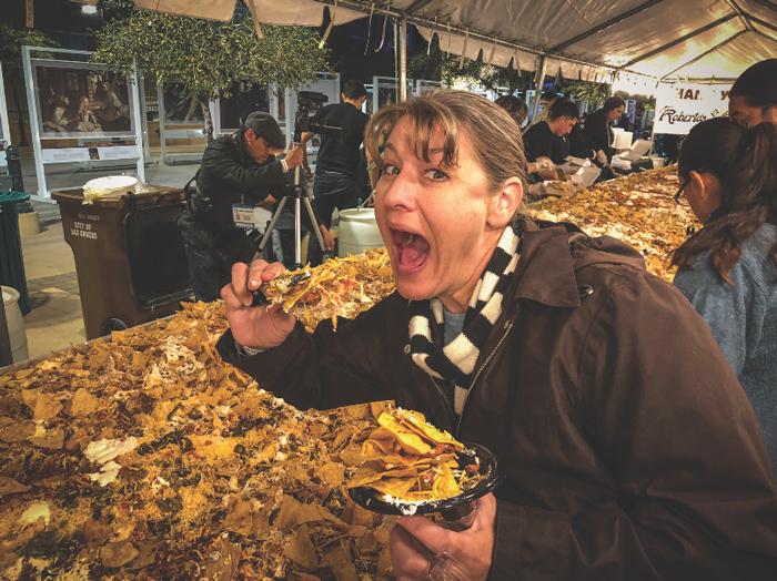 ¡5,039 libras de nachos! Récord mundial en Las Cruces