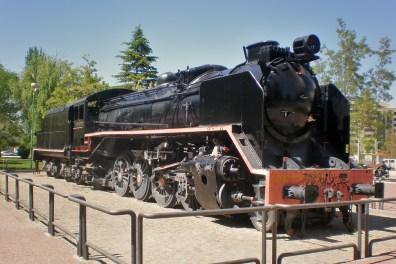 Albacete: Locomotora de tren en el Paseo de la Cuba