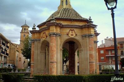Remplete-bañadero donde se celebra el baño de la cruz y el parlamento del rey cristiano y el sultan.