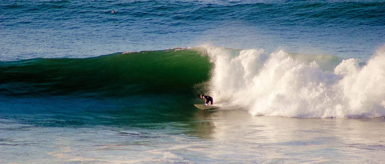 Camino Surfcamp Marokko Surfing Bottom Turn Lefthander Morocco