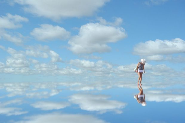 sky-mirror-reflection-woman