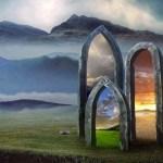 LA TERZA PORTA  12:12 -L'Iniziazione della Triplice Porta, il Risveglio delle Capsule Temporali e Intraprendere la Nuova Missione dell'Anima di Celia Fenn