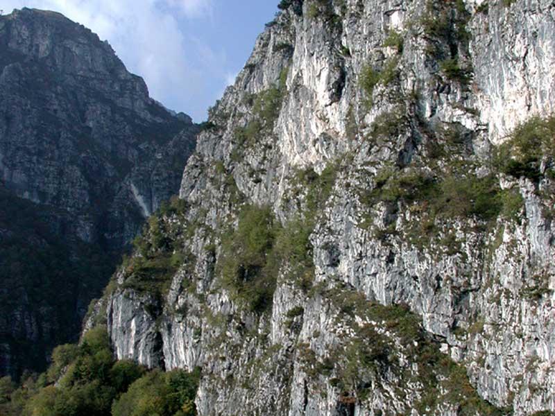 Covoli in Val di Lamen