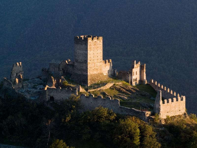 castello_di_cly