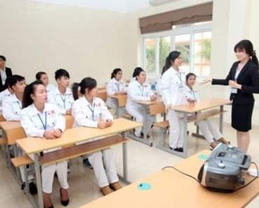 Thực tập sinh được đào tạo tiếng Nhật trước khi sang Nhật Bản. Ảnh minh họa