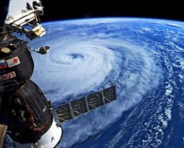 Nhật Bản đối mặt với siêu bão mạnh nhất trong năm