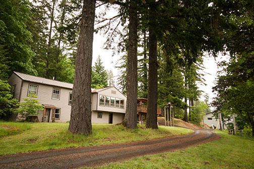 Luckimute Lodge Dining Hall