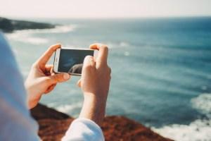 Partager son expérience voyage grâce aux applis et carnets de route