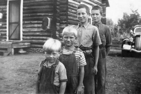 fourboys-x_8-1940.jpg