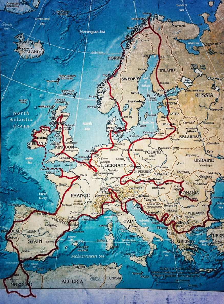 we-wanted-to-show-the-world-to-our-4-year-old-so-we-went-on-a-28-000km-trip-around-europe__880