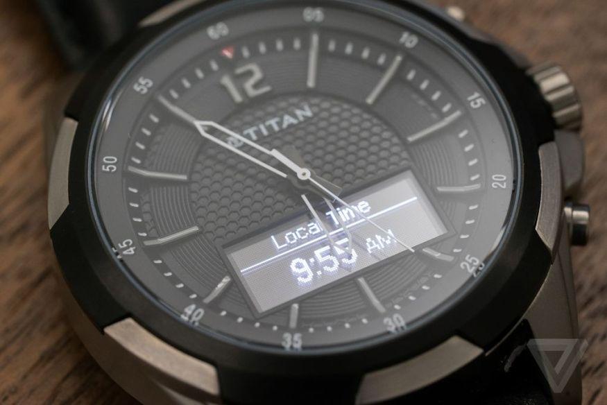 Titan- JUXT-smartwatch-2