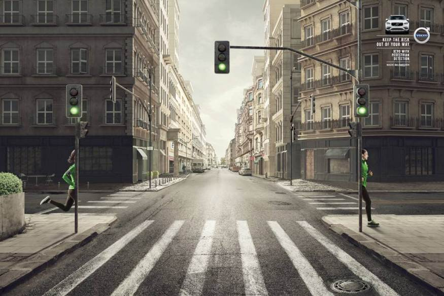 Volvo-XC90-Volvo-Pedestrian-and-Cyclist-Detection-1-cotw