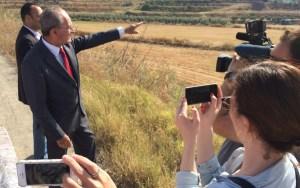 """El Alcalde ha visitado los terrenos de la futura """"zona franca"""""""