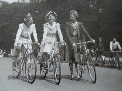 women on bicycle WW2