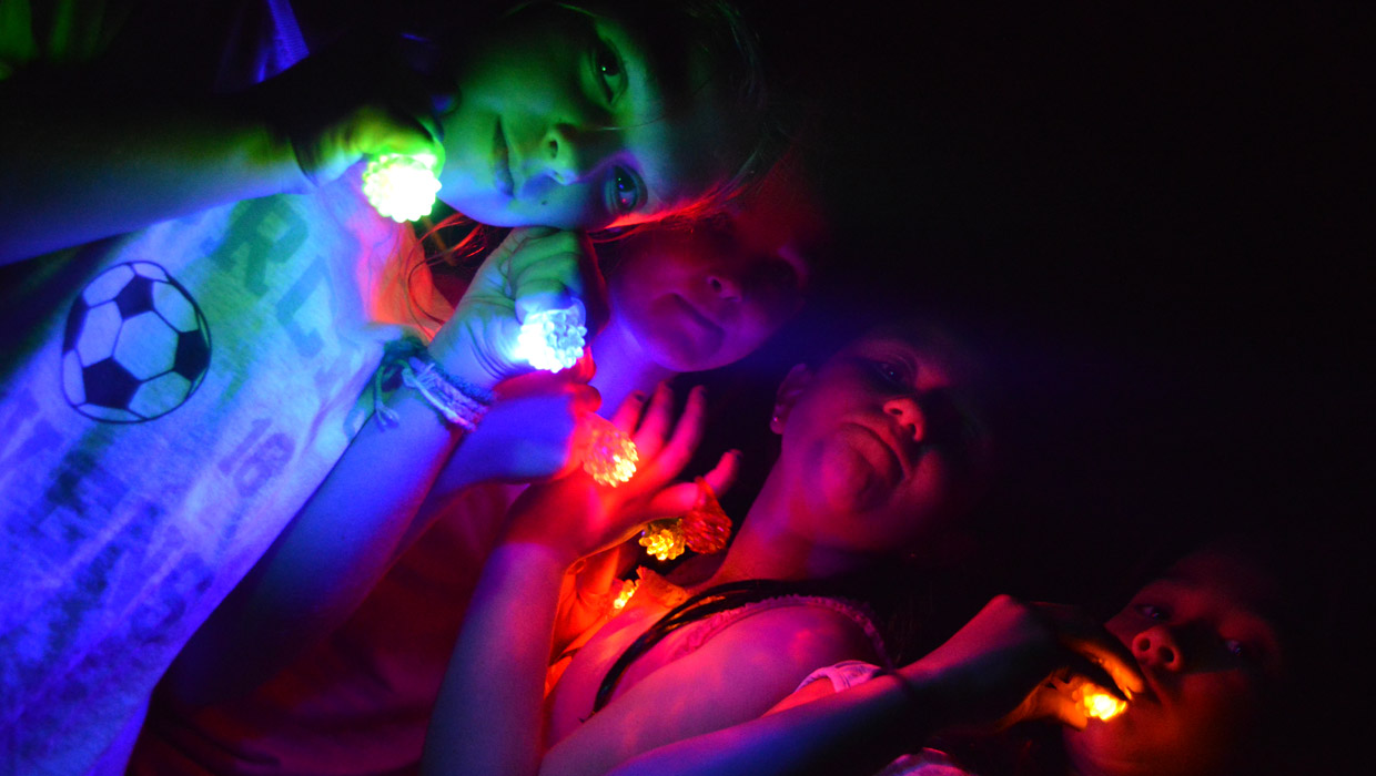 Ballibay summer camp kids glow