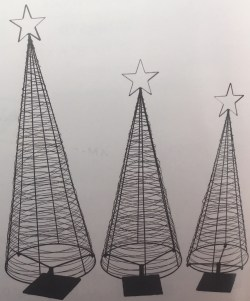 Christmas Tree Free-Standing Obelisks