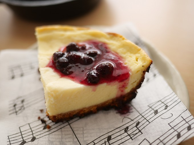 スキレット チーズケーキ チーズ無し 水切りヨーグルト アウトドア