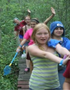 kids-on-hike
