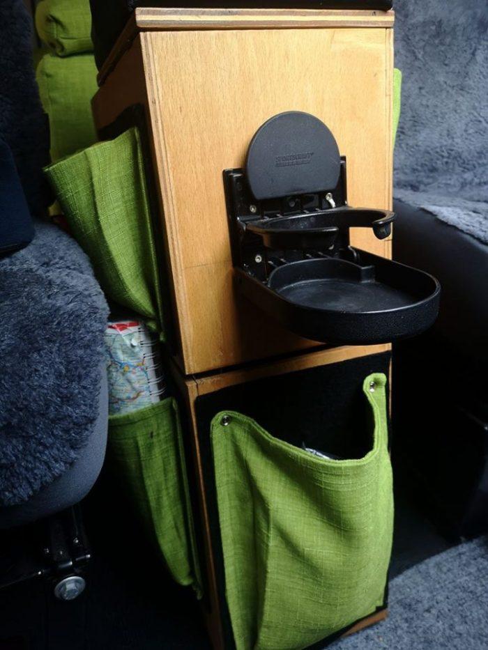 Mittelkonsole für das Wohnmobil mit Taschen
