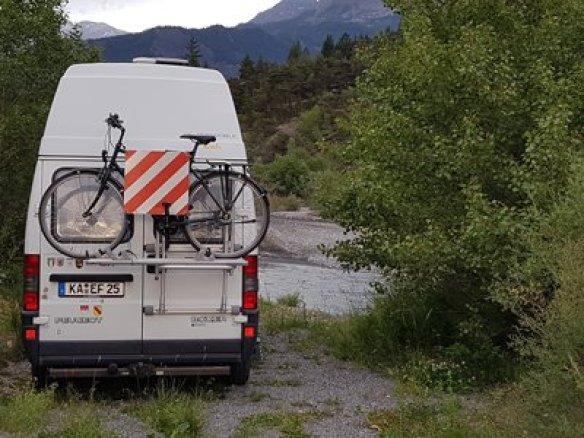 Peugeot-Boxer-CS-Reisemobile-hinten zu verkaufen