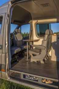 Van Home 18