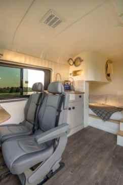 Van Home 38