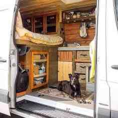 Van Home 4