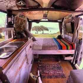 Van Home 43
