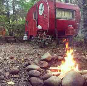 Glamper Camper 33