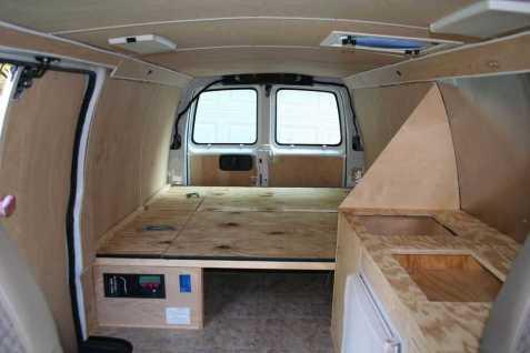 Van Camping 25