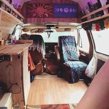 Van Living 1