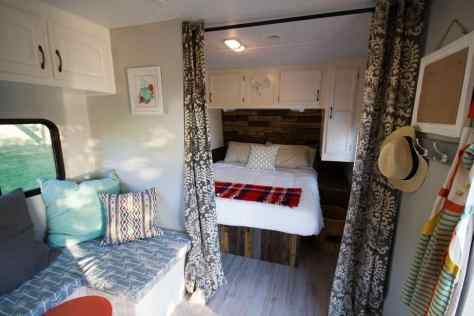 Camper Bedroom 17