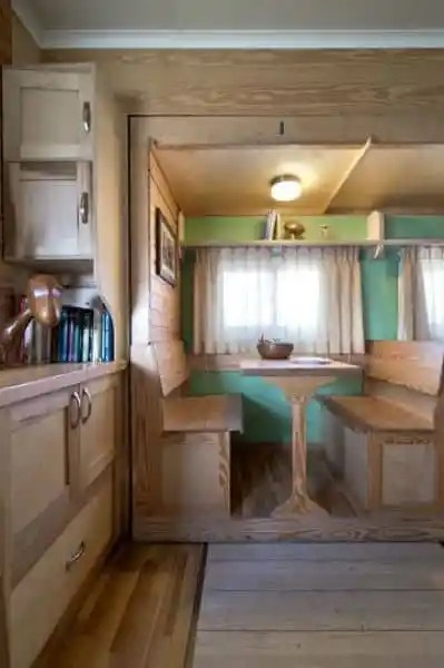 Box Truck Conversion 14