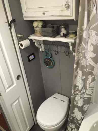 Rv Bathroom Organization