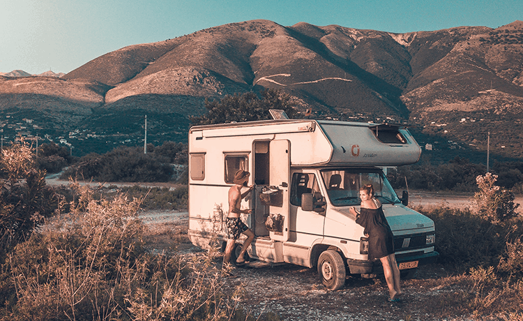 how to live in an RV