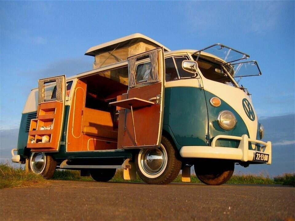 Vintage VW Volkswagen Buses